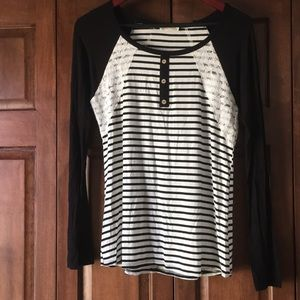 Tops - Black and white striped long sleeve t-shirt
